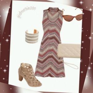 🌟 Beautiful chervon Keyhole Swing dress 🌟